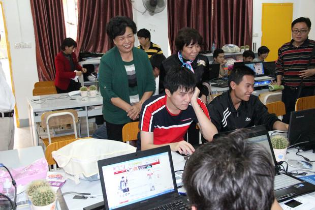 珠江职院来我院考察创业教育模式