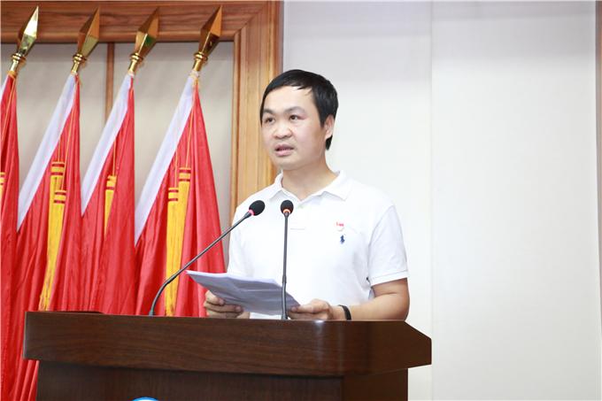 团揭阳市委副书记周春升在会上讲话