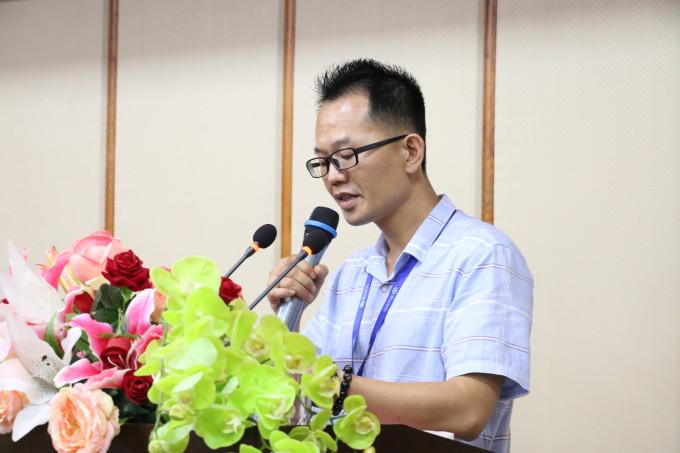 院长助理、创业学院院长颜惠雄作创业创业大赛动员讲话